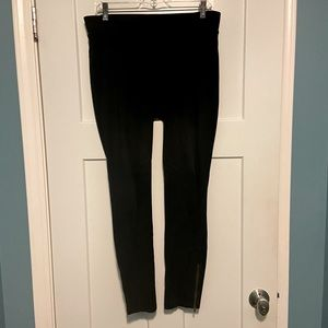 CABI Black Ponte Knit Ankle Zip Pull-On Leggings
